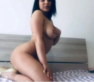 Elodia outcall escorts services in Prescot